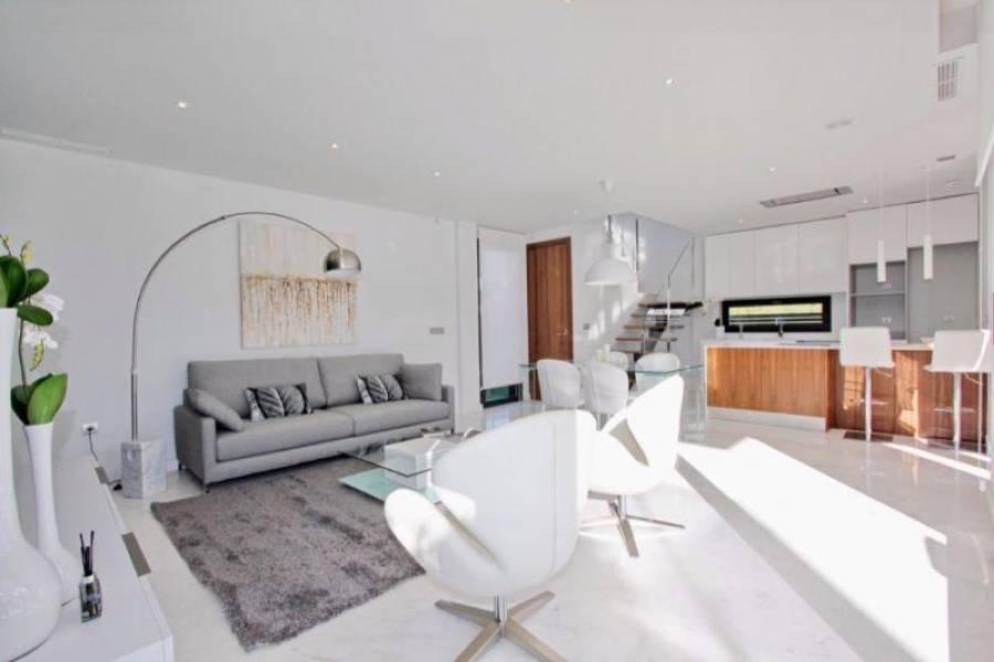 Guardamar del Segura,Alicante,España,3 Bedrooms Bedrooms,3 BathroomsBathrooms,Fincas-Villas,3872