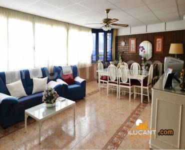 Alicante,Alicante,España,3 Bedrooms Bedrooms,2 BathroomsBathrooms,Atico,34161