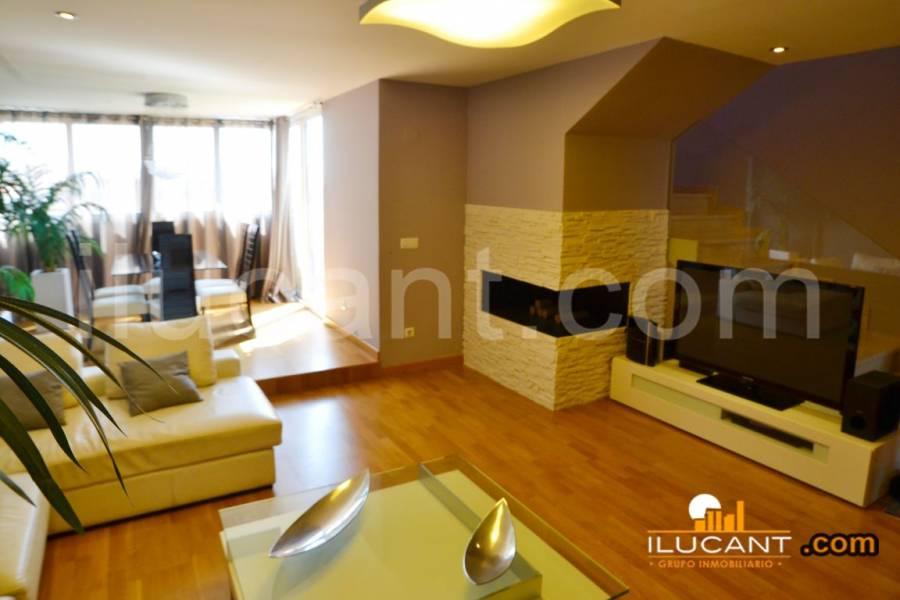 Alicante,Alicante,España,3 Bedrooms Bedrooms,2 BathroomsBathrooms,Atico,34166