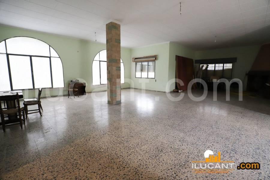 Mutxamel,Alicante,España,5 Bedrooms Bedrooms,3 BathroomsBathrooms,Casas,34186