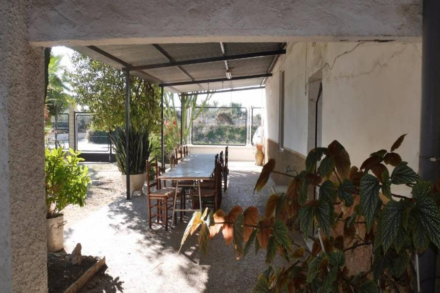 Valverde,Alicante,España,4 Bedrooms Bedrooms,1 BañoBathrooms,Chalets,34197