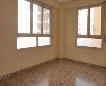 Elche,Alicante,España,3 Bedrooms Bedrooms,2 BathroomsBathrooms,Entresuelo,34198