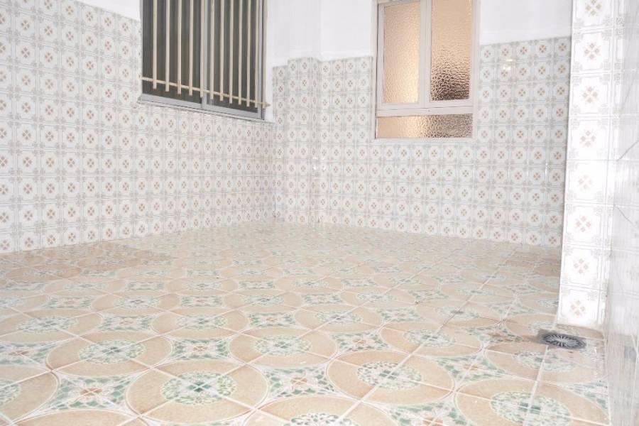 Elche,Alicante,España,3 Bedrooms Bedrooms,2 BathroomsBathrooms,Entresuelo,34198