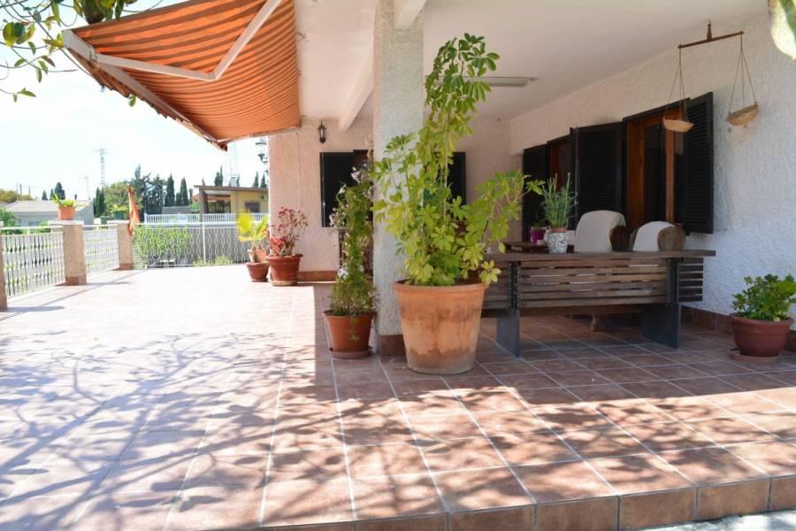 Elche,Alicante,España,5 Bedrooms Bedrooms,3 BathroomsBathrooms,Casas,34207
