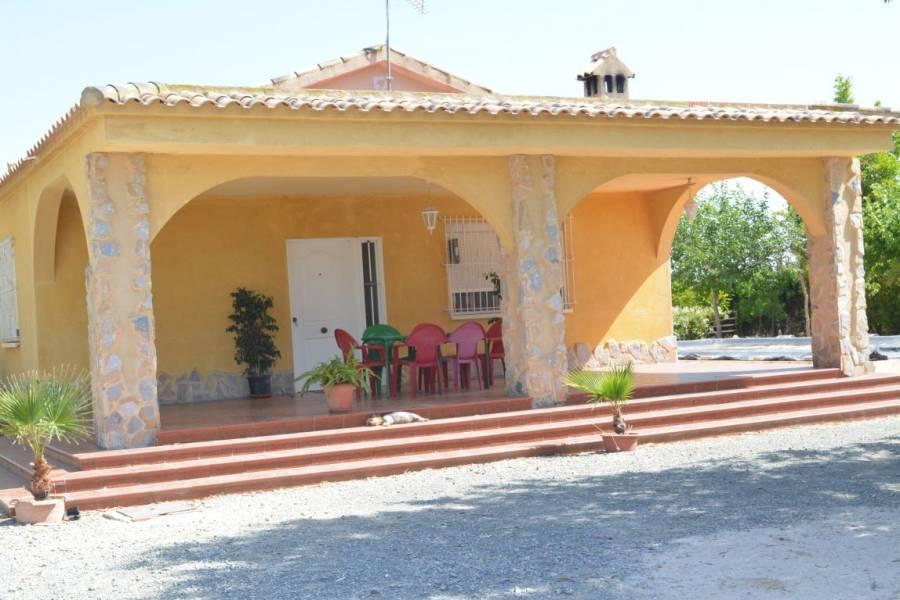 Valverde,Alicante,España,5 Bedrooms Bedrooms,2 BathroomsBathrooms,Casas,34210