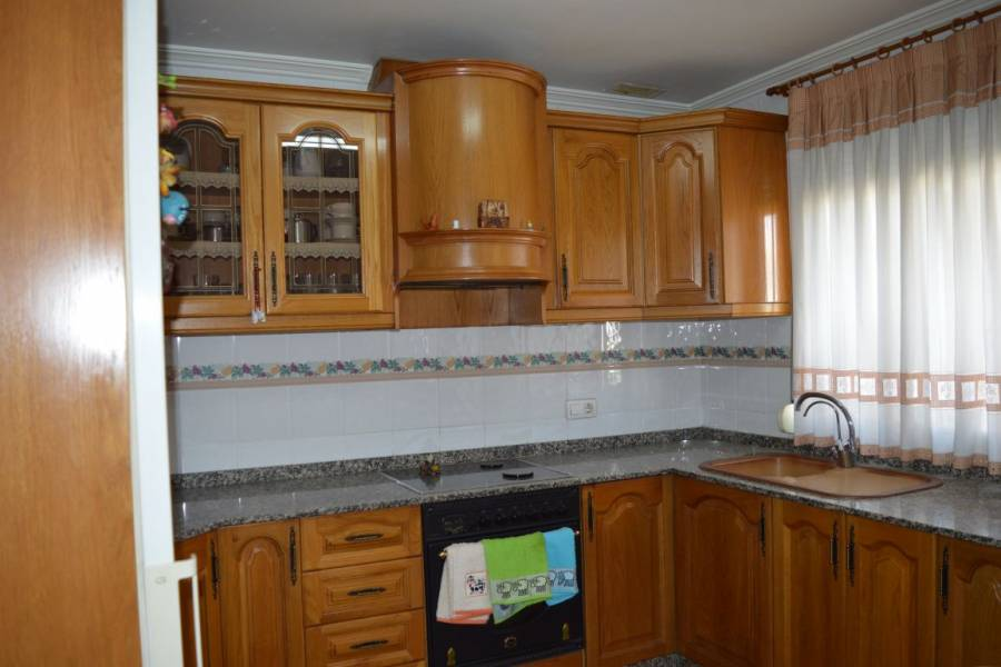Villena,Alicante,España,3 Bedrooms Bedrooms,2 BathroomsBathrooms,Bungalow,34258