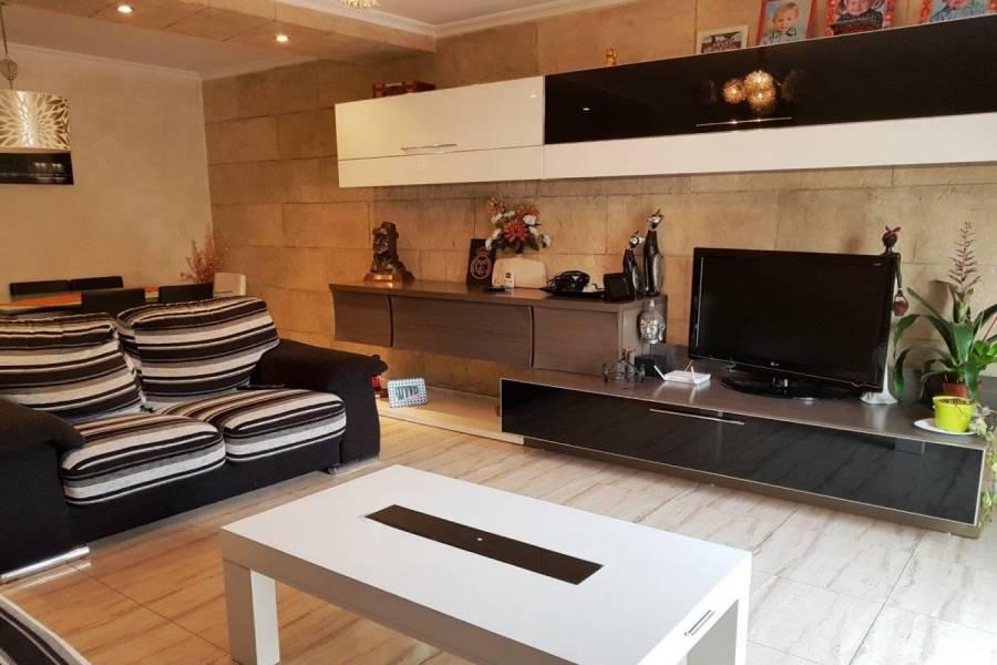 Villena,Alicante,España,3 Bedrooms Bedrooms,2 BathroomsBathrooms,Atico,34278
