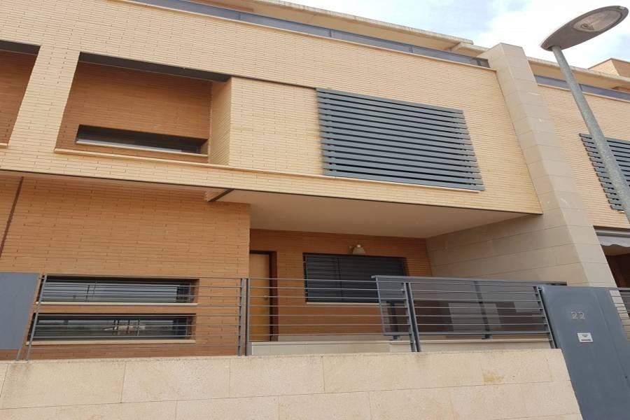 Monovar-Monover,Alicante,España,3 Bedrooms Bedrooms,3 BathroomsBathrooms,Adosada,34282