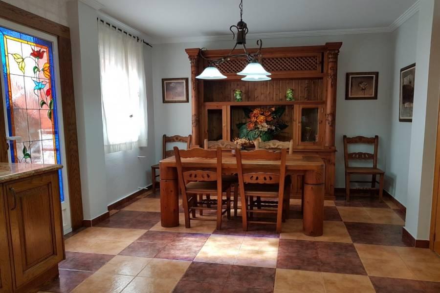 Sax,Alicante,España,3 Bedrooms Bedrooms,2 BathroomsBathrooms,Bungalow,34283
