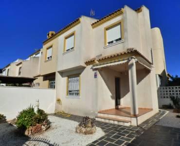 Torrevieja,Alicante,España,3 Bedrooms Bedrooms,2 BathroomsBathrooms,Adosada,34297