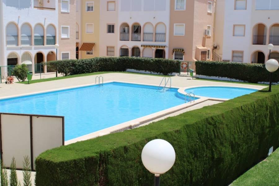 Torrevieja,Alicante,España,2 Bedrooms Bedrooms,1 BañoBathrooms,Atico,34305