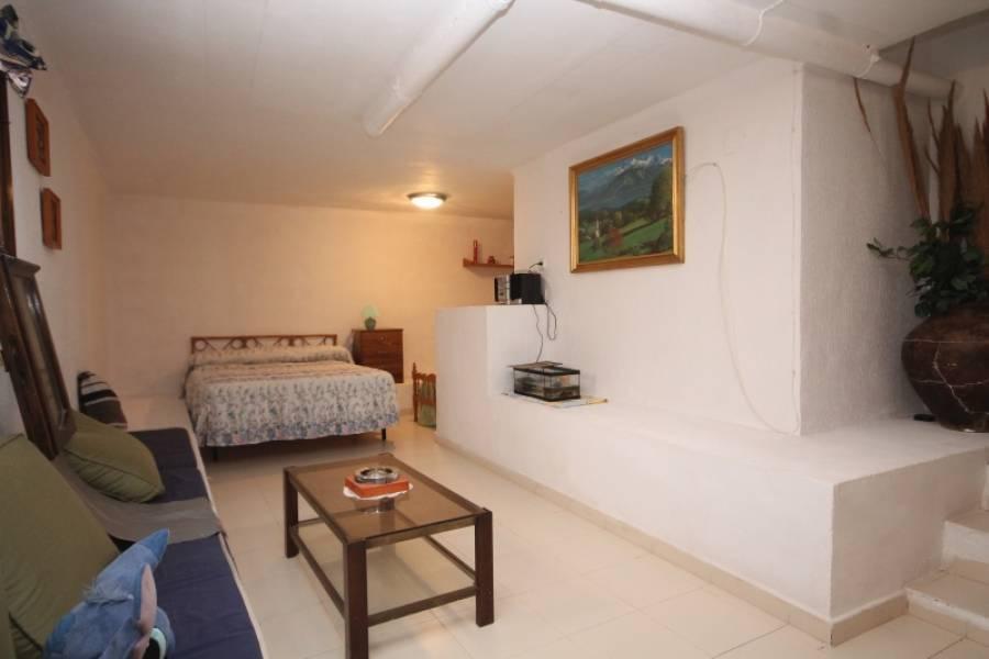 Torrevieja,Alicante,España,4 Bedrooms Bedrooms,1 BañoBathrooms,Bungalow,34359