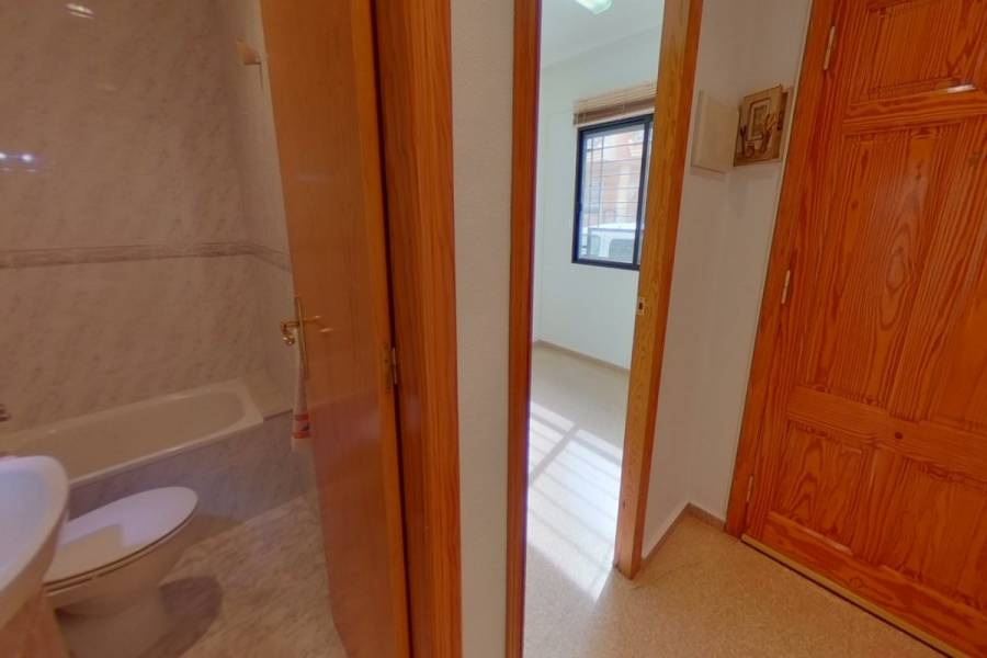 San Isidro,Alicante,España,4 Bedrooms Bedrooms,2 BathroomsBathrooms,Adosada,34372