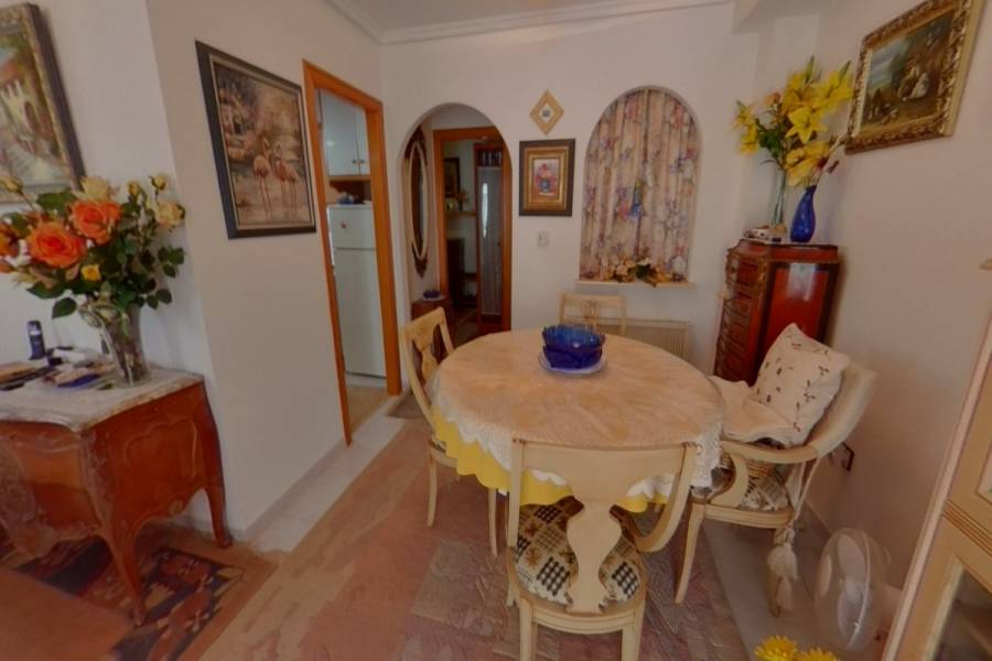 Torrevieja,Alicante,España,3 Bedrooms Bedrooms,2 BathroomsBathrooms,Adosada,34377