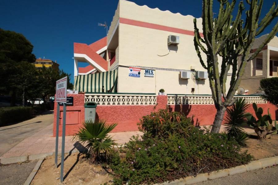 Guardamar del Segura,Alicante,España,5 Bedrooms Bedrooms,2 BathroomsBathrooms,Dúplex,34382