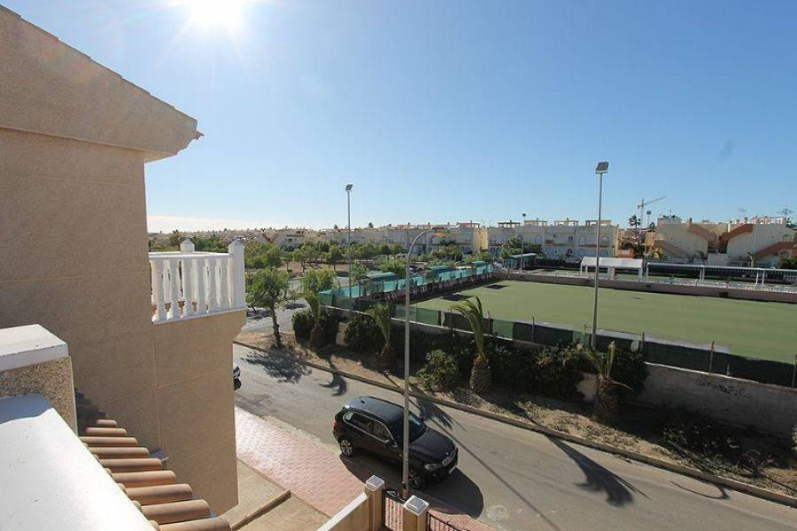 Orihuela,Alicante,España,3 Bedrooms Bedrooms,2 BathroomsBathrooms,Fincas-Villas,3896