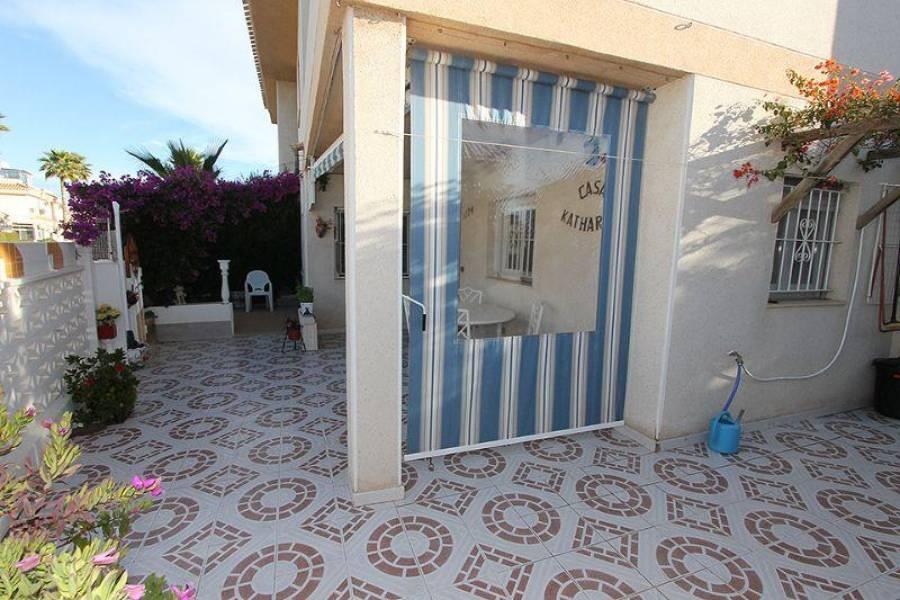 Orihuela,Alicante,España,2 Bedrooms Bedrooms,1 BañoBathrooms,Cabañas-bungalows,3898