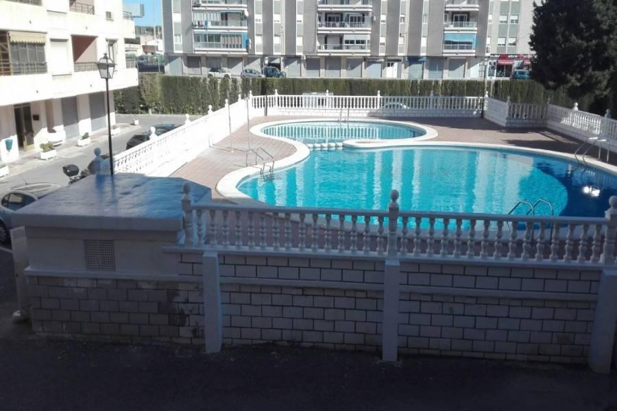 Santa Pola,Alicante,España,2 Bedrooms Bedrooms,1 BañoBathrooms,Apartamentos,34434