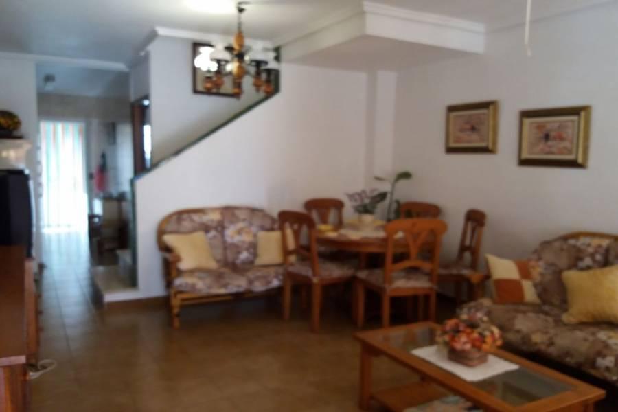 Santa Pola,Alicante,España,3 Bedrooms Bedrooms,1 BañoBathrooms,Adosada,34439