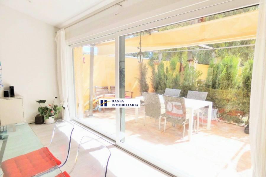 San Juan,Alicante,España,3 Bedrooms Bedrooms,2 BathroomsBathrooms,Chalets,34463