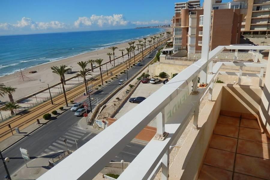 el Campello,Alicante,España,4 Bedrooms Bedrooms,3 BathroomsBathrooms,Atico,34482