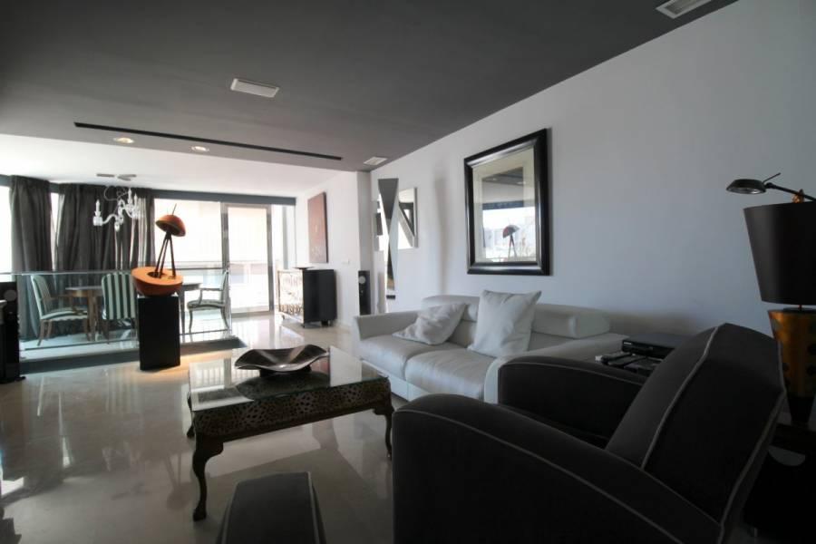 Alicante,Alicante,España,4 Bedrooms Bedrooms,3 BathroomsBathrooms,Atico,34485
