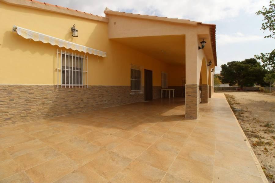 Alicante,Alicante,España,4 Bedrooms Bedrooms,2 BathroomsBathrooms,Chalets,34486