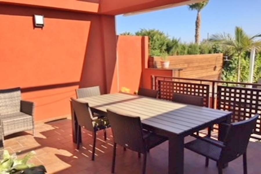 Alicante,Alicante,España,4 Bedrooms Bedrooms,3 BathroomsBathrooms,Adosada,34495