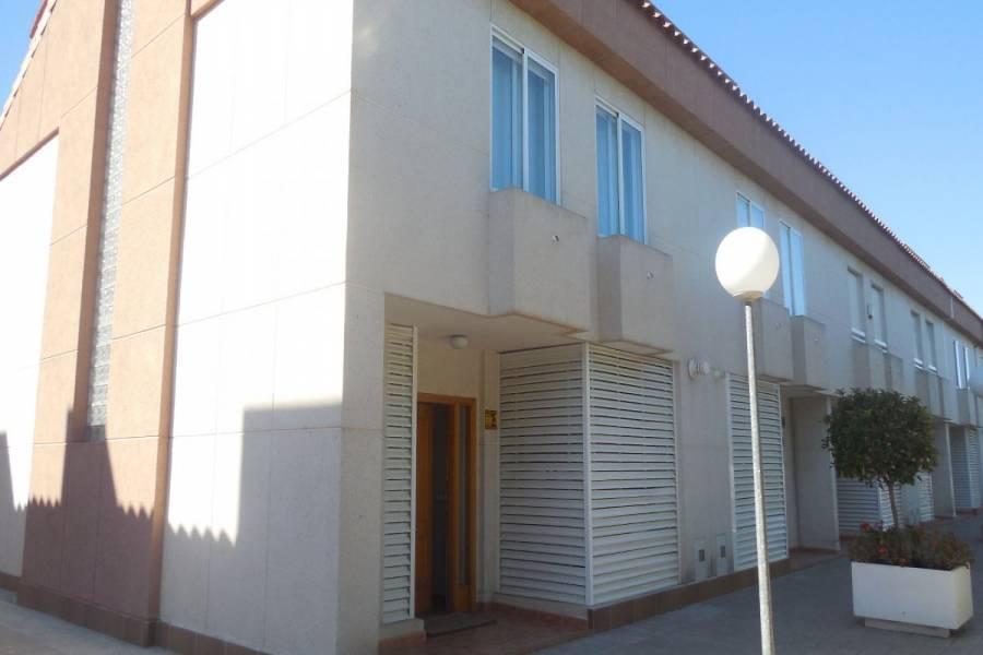 Alicante,Alicante,España,4 Bedrooms Bedrooms,3 BathroomsBathrooms,Bungalow,34496