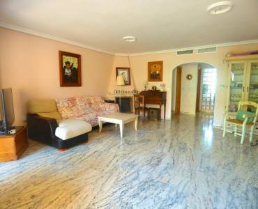 Alicante,Alicante,España,4 Bedrooms Bedrooms,2 BathroomsBathrooms,Adosada,34500