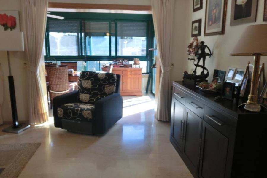 Villajoyosa,Alicante,España,1 Dormitorio Bedrooms,2 BathroomsBathrooms,Planta baja,34509