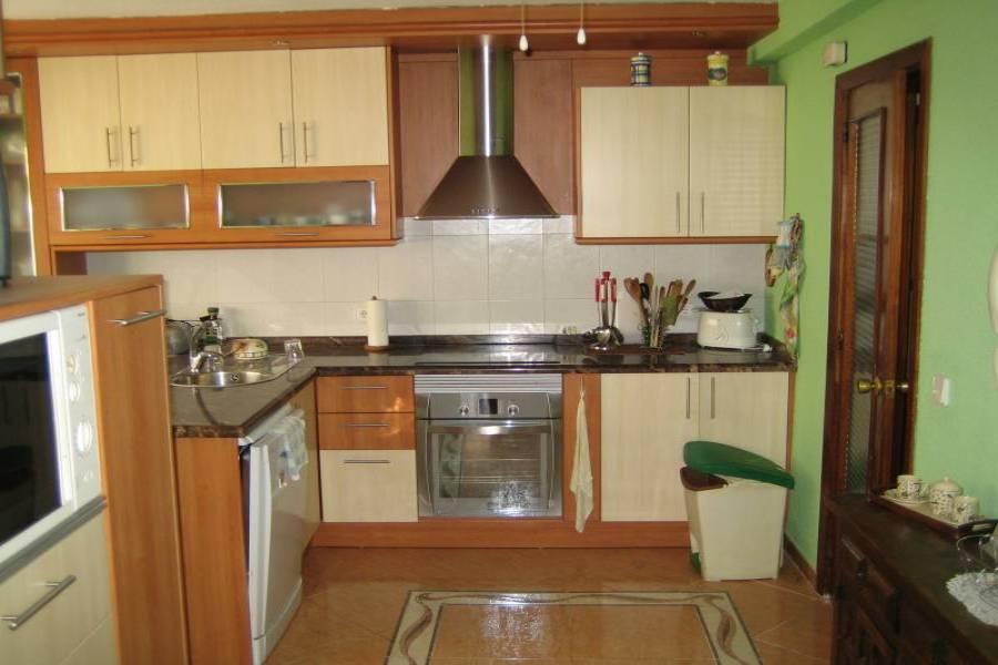 Benidorm,Alicante,España,4 Bedrooms Bedrooms,3 BathroomsBathrooms,Atico,34513