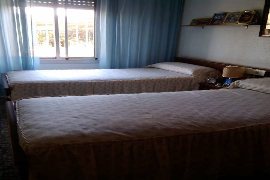 Elche,Alicante,España,4 Bedrooms Bedrooms,1 BañoBathrooms,Chalets,34583