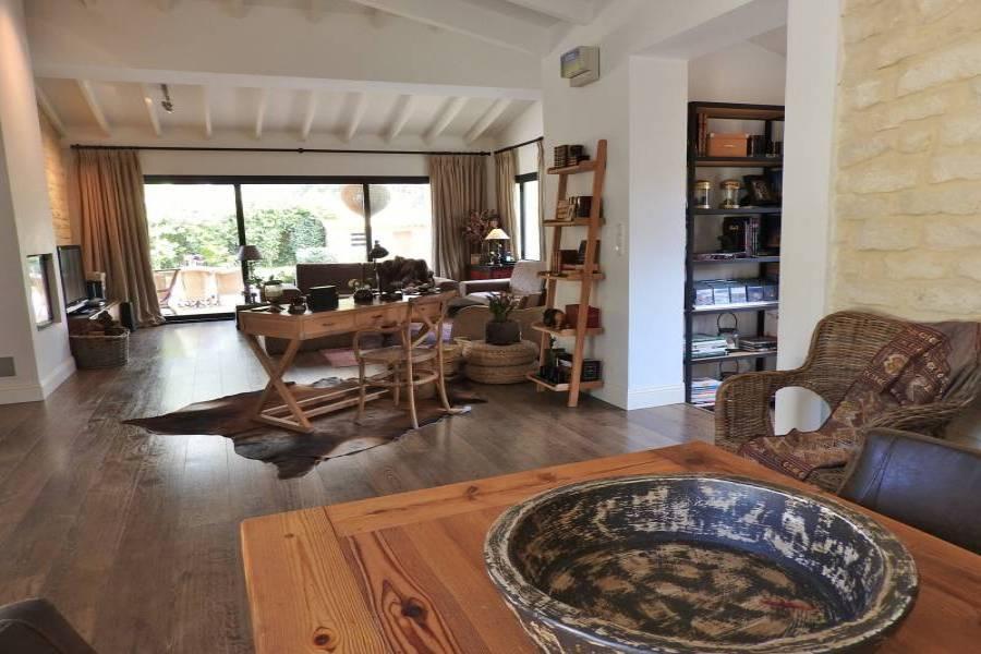el Campello,Alicante,España,4 Bedrooms Bedrooms,2 BathroomsBathrooms,Chalets,34609