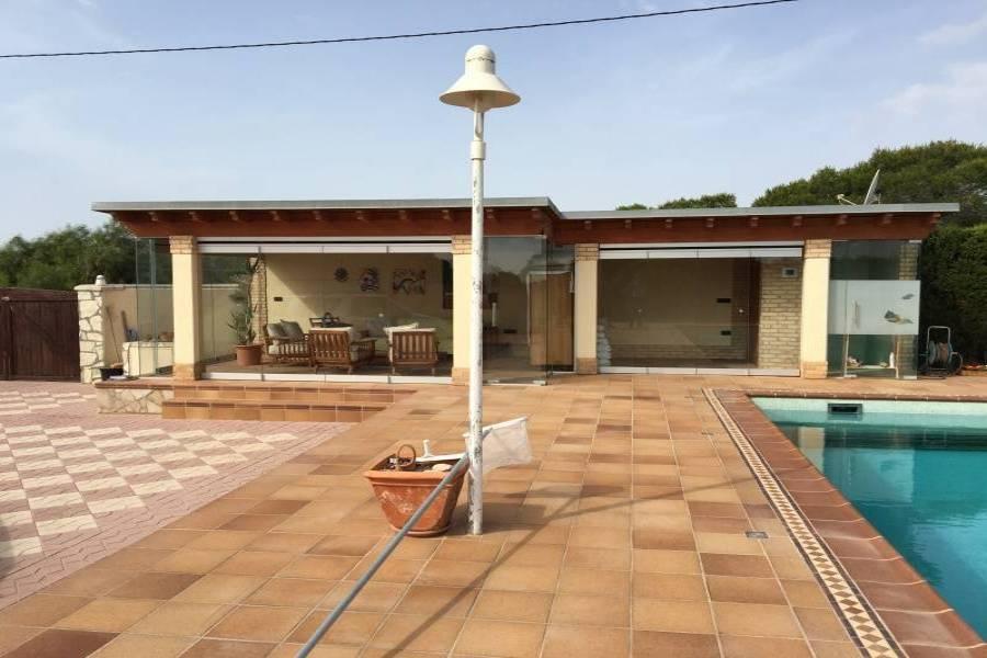 Elche,Alicante,España,7 Bedrooms Bedrooms,3 BathroomsBathrooms,Chalets,34612