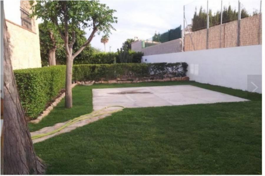 San Vicente del Raspeig,Alicante,España,4 Bedrooms Bedrooms,3 BathroomsBathrooms,Chalets,34643