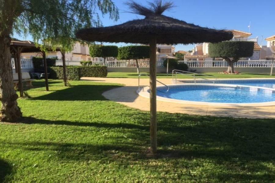 Algorfa,Alicante,España,3 Bedrooms Bedrooms,2 BathroomsBathrooms,Adosada,34648