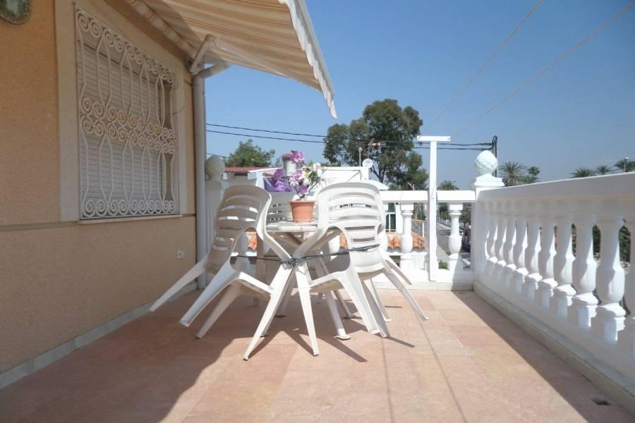Alicante,Alicante,España,4 Bedrooms Bedrooms,2 BathroomsBathrooms,Adosada,34691