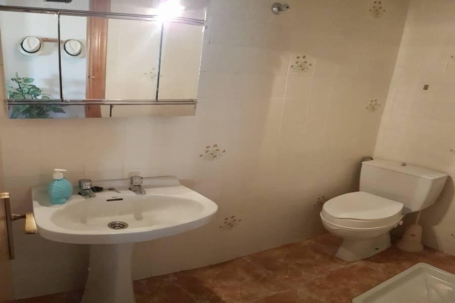 Arenales del sol,Alicante,España,3 Bedrooms Bedrooms,2 BathroomsBathrooms,Apartamentos,34719