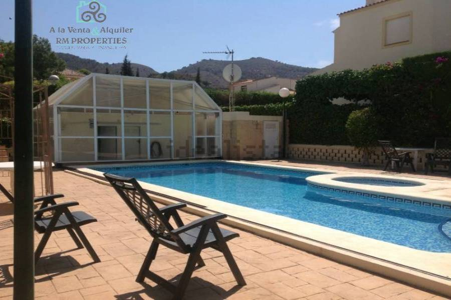 Benidorm,Alicante,España,4 Bedrooms Bedrooms,3 BathroomsBathrooms,Chalets,34721