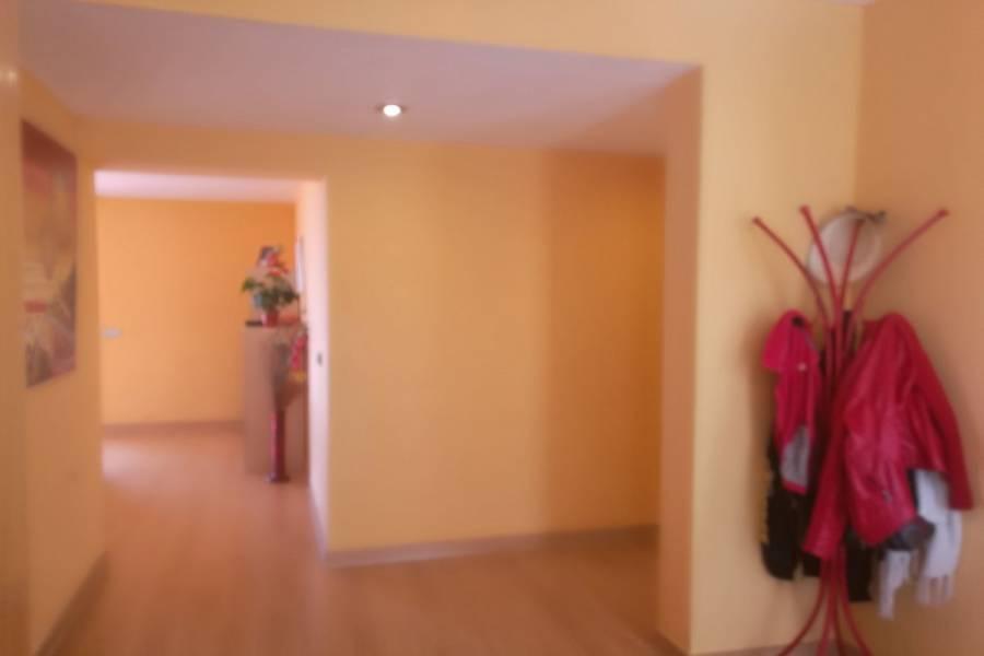La Nucia,Alicante,España,3 Bedrooms Bedrooms,2 BathroomsBathrooms,Chalets,34730