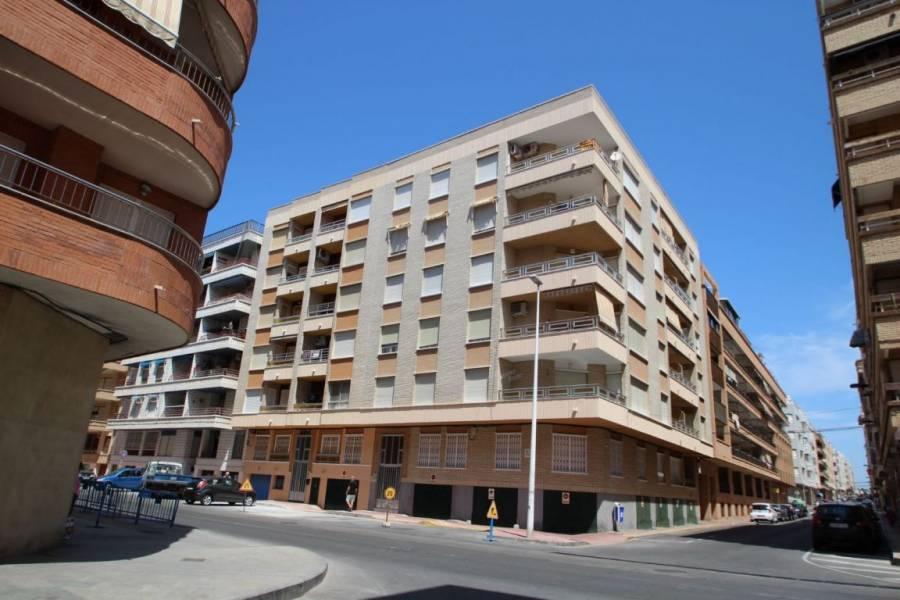 Torrevieja,Alicante,España,3 Bedrooms Bedrooms,2 BathroomsBathrooms,Planta baja,34745