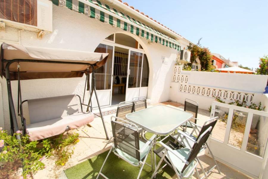Torrevieja,Alicante,España,2 Bedrooms Bedrooms,1 BañoBathrooms,Bungalow,34781