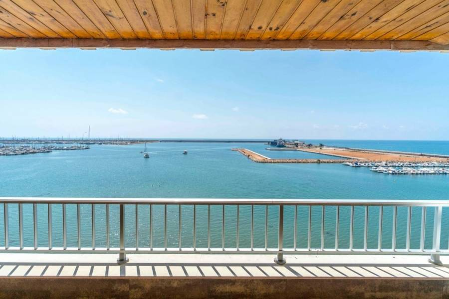 Torrevieja,Alicante,España,3 Bedrooms Bedrooms,1 BañoBathrooms,Atico,34801