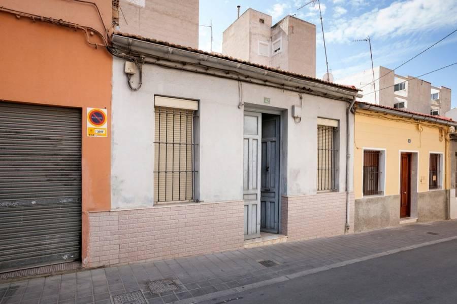 Alicante,Alicante,España,3 Bedrooms Bedrooms,1 BañoBathrooms,Planta baja,34804