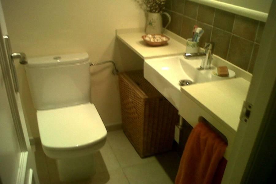 Alicante,Alicante,España,5 Bedrooms Bedrooms,3 BathroomsBathrooms,Adosada,34843