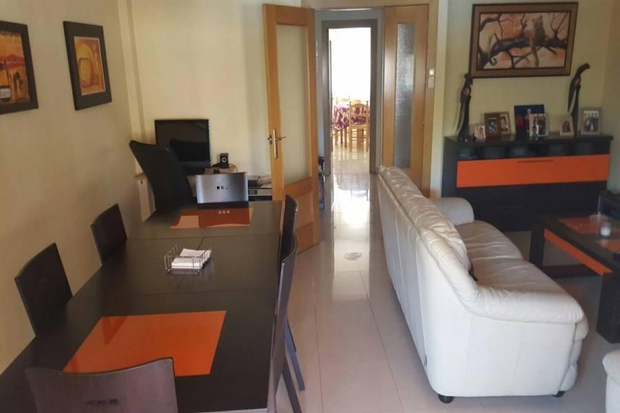 Alicante,Alicante,España,4 Bedrooms Bedrooms,2 BathroomsBathrooms,Bungalow,34844