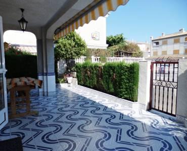Santa Pola,Alicante,España,4 Bedrooms Bedrooms,2 BathroomsBathrooms,Bungalow,34860