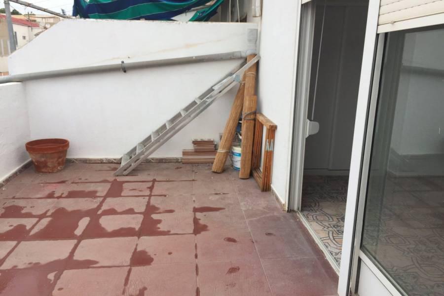 Alicante,Alicante,España,2 Bedrooms Bedrooms,1 BañoBathrooms,Atico,34861