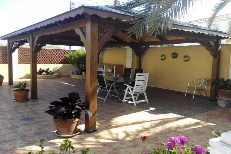 San Vicente del Raspeig,Alicante,España,3 Bedrooms Bedrooms,2 BathroomsBathrooms,Chalets,34877